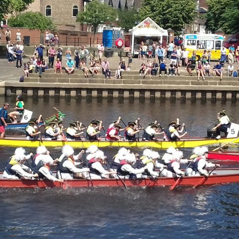 YBPSS Dragon Boat team in action